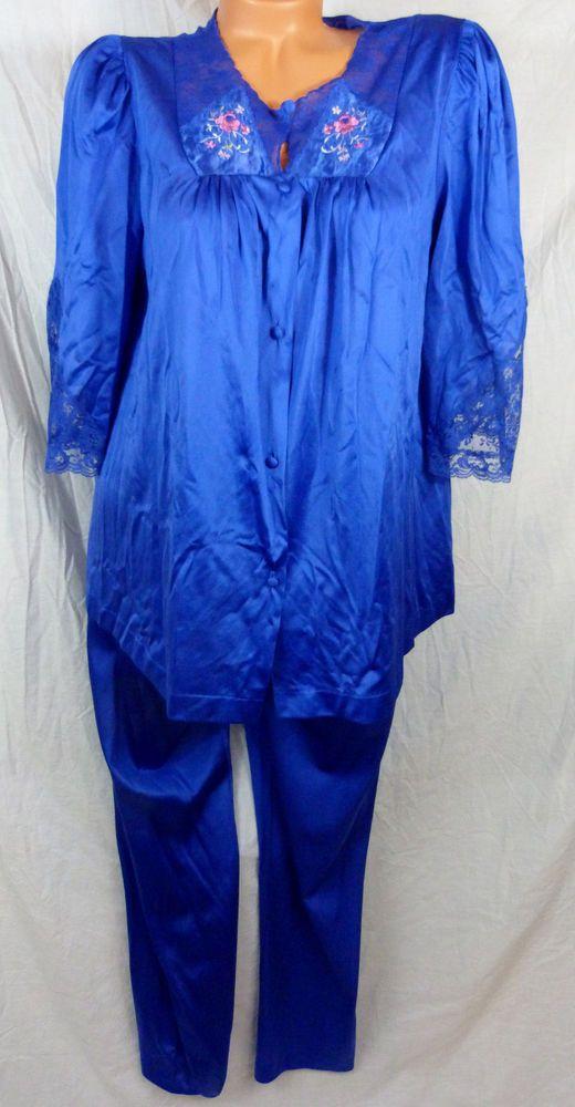 Vanity Fair Sleepwear | Vanity Fair Sleepwear Canada | Vanity Fair ...