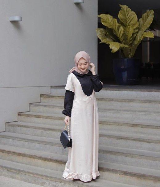 Model Baju Gamis Modern Remaja Kekinian Maxi Overall Broken White Hitam Informasi Tips Dan Foto Aneka Baju Ga Model Pakaian Model Pakaian Hijab Pakaian Wanita