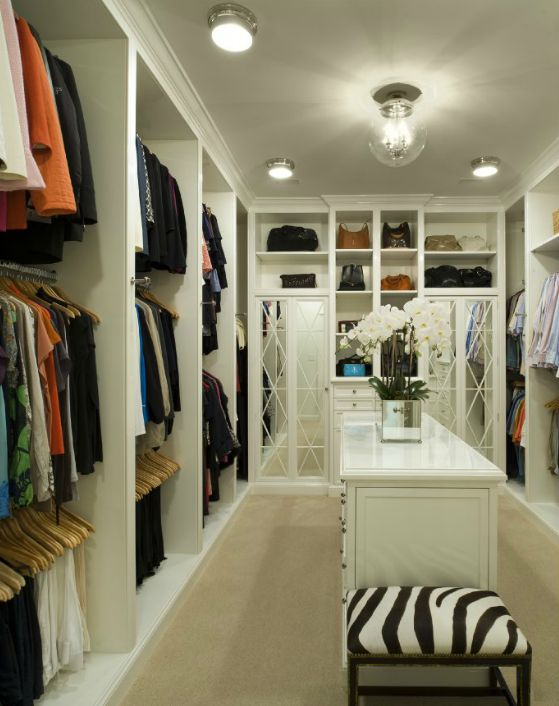 Contemporary walk in closet with gray bound sisal rug for Walk in closet with island