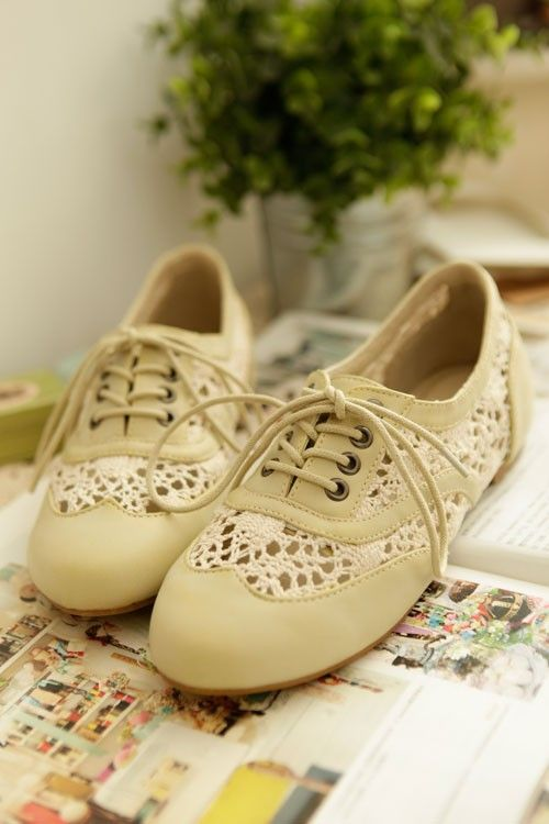lace oxfords...I want!