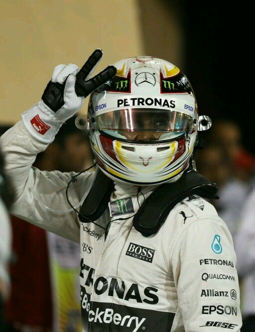 Pole position what a driver, he has so much talent #TeamLH