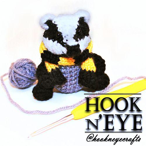 Realistic crochet badger pattern | Son's Popkes | 500x500