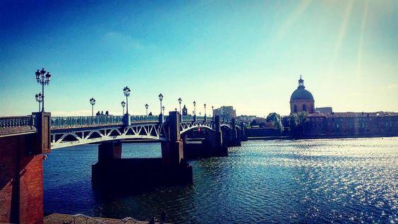 Ô #Toulouse !  Pont Saint-Pierre #Garonne #LaGrave  #ByToulouse #VisitezToulouse #We_Toulouse #igerstoulouse #tourismemidipy #hautegaronne