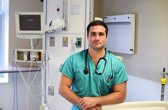 UMHS Med Student Brandon Kirshner Runs for U.S. Congress Seat