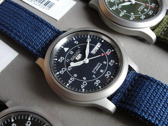 Watch Seiko 5 Military SNK807K2