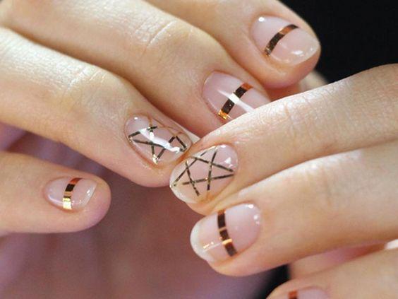 Nailstripes: Diesen Nageltrend können wir ganz leicht nachmachen!
