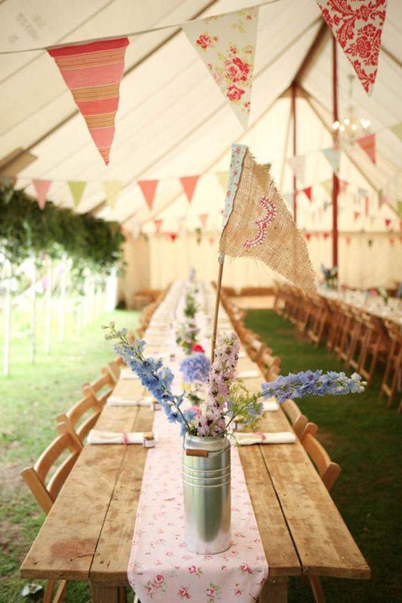 2015 Hochzeit planen: DIY Traumhochzeit mit dekorierten Girlanden aus Spitze, Leinen, Papier   Hochzeitsblog Optimalkarten