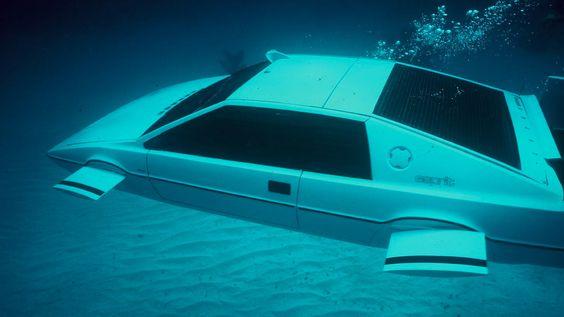 James Bond Lotus