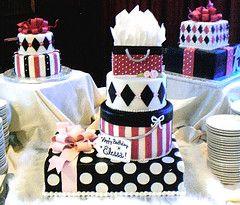 gift box cakes by tishperez #EasyPin