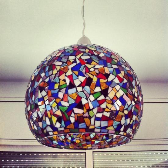 L mpara de techo en mosaico de cristal vidrio mosaico mosaiquismo pinterest - Como hacer lamparas de techo artesanales ...