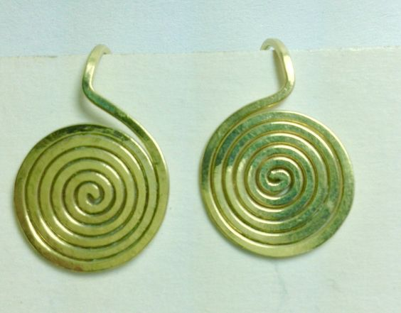 """Kleine Spiralohrstecker """"elegancia"""" in Bronze von LaSombrilla auf DaWanda.com"""