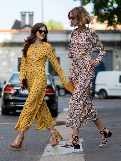 Street Style Friends printastic. #EleonoraCarisi & #CandelaNovembre in Milan.: