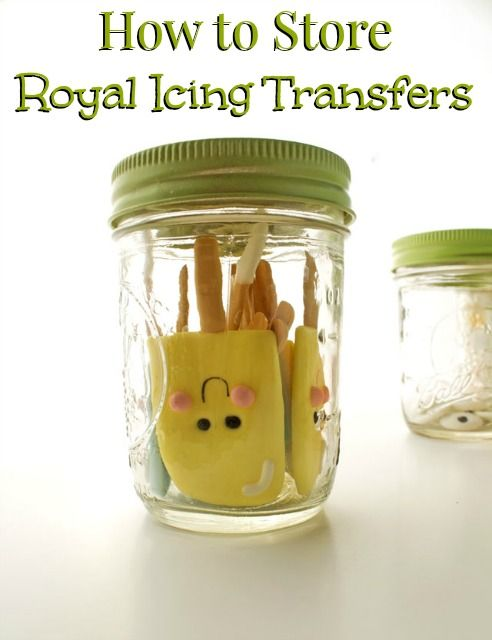 How to Store Royal Icing Transfers to Keep them Fresh with thebearfootbaker.com