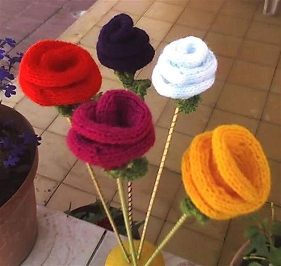 Rosas Tejidas Son Tutores Para Las Macetas Con Plantas