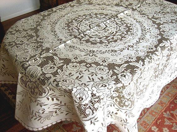 Quaker Lace tablecloth