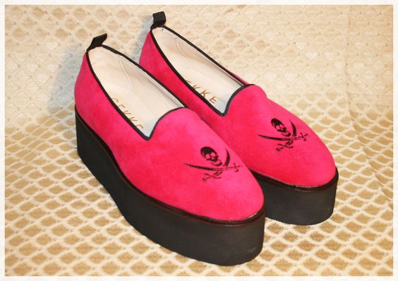 velvet slipper high skull  Pink shoes, GEKKE