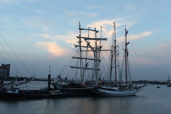 JUNKAHOLIQUE: Thames sailing