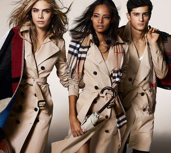 SSENSE END OF SEASON SALE! BURBERRY JACKETS, SCARVES, BAGS, & MORE UP TO 40% OFF!