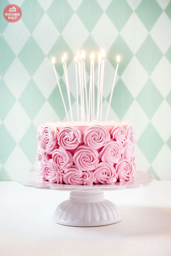 Happy Birthday! Appetit Auf Geburtstagstorte? | Gateau Cake, Rose Cake And  Frostings