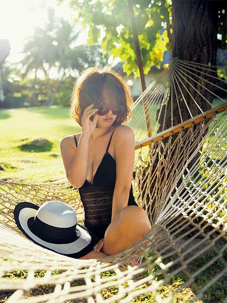 磯山さやか「女子萌え」グラビアに初挑戦。珠玉の水着ショット12カットを披露。 #AneCan #グラビア #水着 #磯山さやか #summer #swimwear #tahiti #タヒチ #ハンモック #hammock