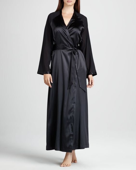 http://ncrni.com/la-perla-vestaglie-long-silk-robe-croisette-long-charmeuse-gown-p-8270.html