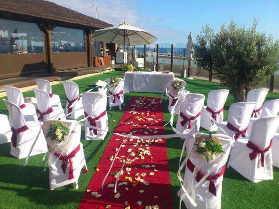 Beautiful outdoor wedding ceremony at Amadores Beach Club in Puerto Rico Gran Canaria