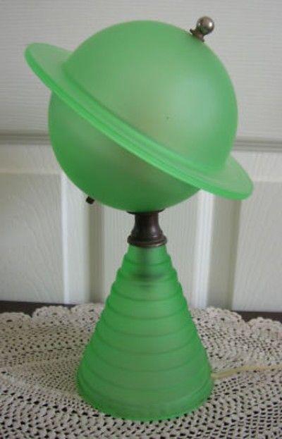 1939 Art Deco Vaseline Glass Saturn Lamp Worlds Fair 03