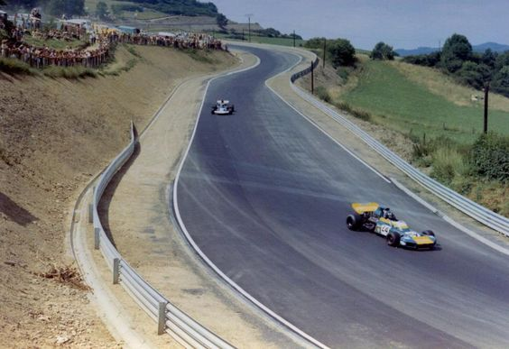 f1 1971. XXXIII Grosser Preis von Deutschland, Nurburgring. Graham Hill in his Brabham BT34