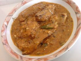 Ingredients:  CannedMackerel400g in Tomato Sauce. (I used DELMAGE)  1onion finely sliced  3 cloves garlicgrounded  1'' ginger piece g...