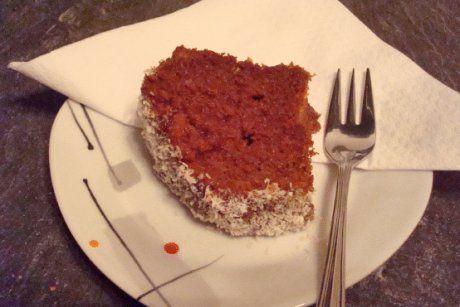 Der Becherkuchen Schoko Kokos schmeckt süß und himmlisch gut. Ein tolles Rezept das allen gelingt und schmeckt.
