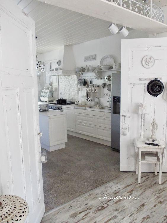 ...Anno 1907...: Kitchen pics...