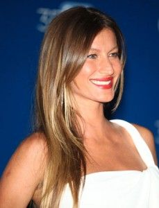 Gisele Bundchen celebrity highlights highlighted hair, She makes anything look amazing, but this ombre style is HOT!