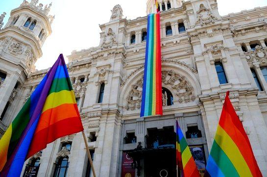 Carmena se suma a la marcha del Orgullo este sábado, con dispositivo municipal de seguridad