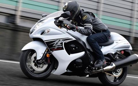 Ranking The 15 Most Powerful Motorcycles Of All Time Suzuki Hayabusa Suzuki Motorcycle Hayabusa