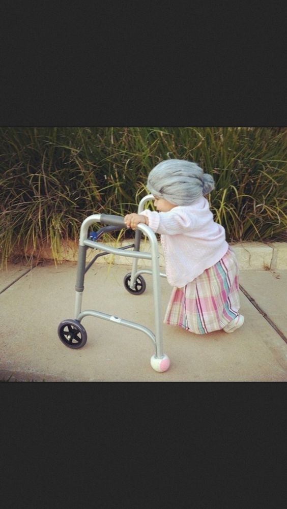 I am soo dressing Cheyenne up as an old lady for Halloween.