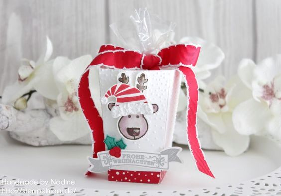 Stampin Up! - Popcorn Schachtel - Goodie - Box - Give Away - Verpackung - Schachtel - Weihnachten - Christmas - Produktpaket Ausgestochen weihnachtlich - Produktpaket Jolly Friends - Produktpaket Adevntsgrün - Big Shot - Framelits Bunter Banner Mix - Embossing ☆ Stempelmami