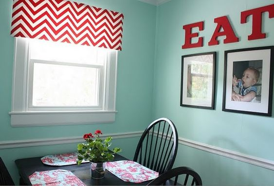 """chevron curtain with RED """"eat"""" sign...doing this project this weekend for sure!"""