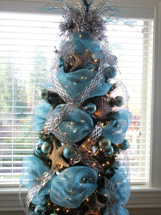 Arboles De Navidad Con Malla Decoracion De Arbol De Navidad Arreglos Con Malla Decorativa Como Christmas Tree Themes Cool Christmas Trees Xmas Tree Ornament
