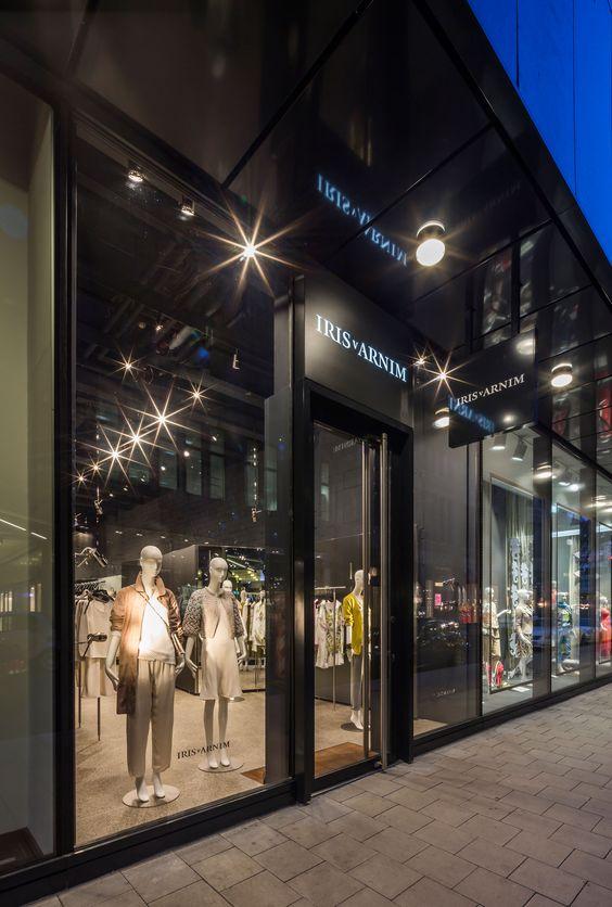 The Iris von Arnim Store in Düsseldorf ─ outside view.