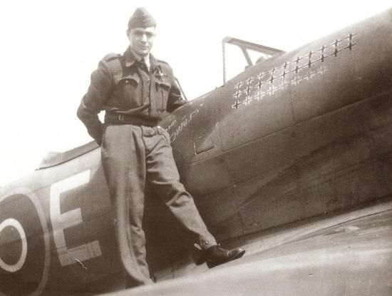 """Pierre Clostermann with Hawker Tempest JF-E  """"Le Grand Charles"""" (SN222)."""