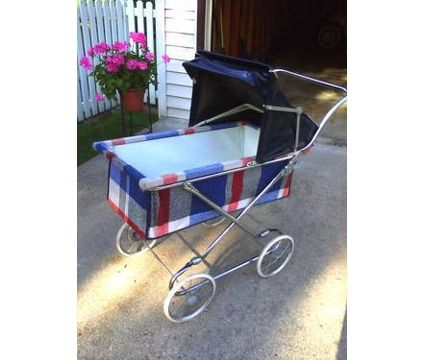 retro vintage antique collier stroller baby buggy unique. Black Bedroom Furniture Sets. Home Design Ideas