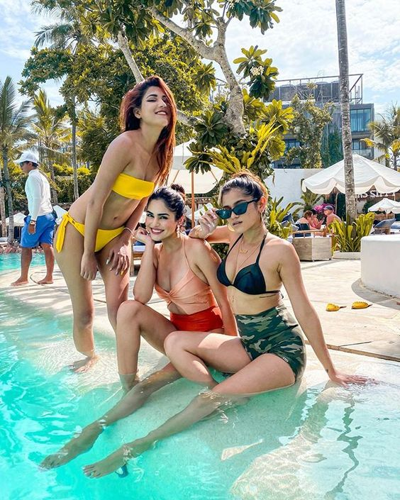 Shivani Singh, Mehak Ghai and Meghna Kaur Spends Bikini Time