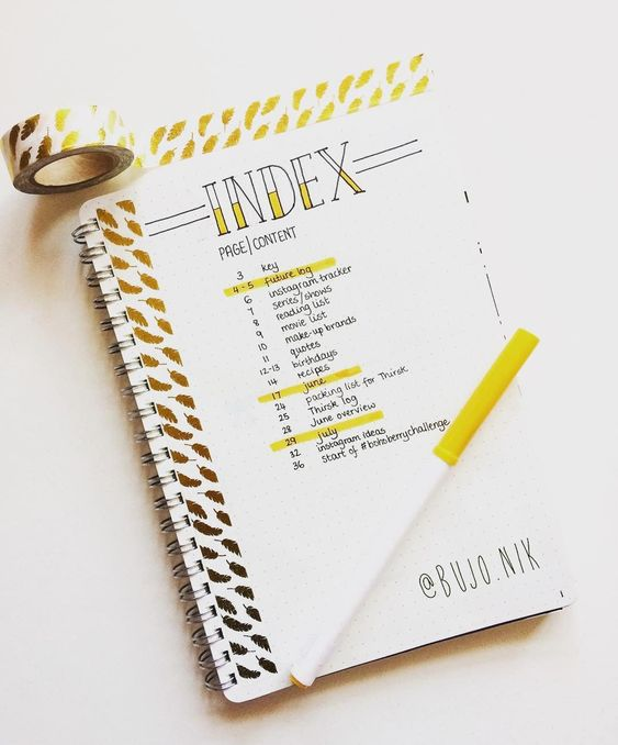 A beginner's guide to the bullet journal. Learn what a bujo is and learn how to setup your first bullet journal, without having to be an artist. See simple examples of barebones bullet journal setups. #bulletjournalsetup