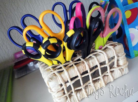 Tays Rocha: Craft Rooms - É assim que eu me organizo! Vem conhecer meu cantinho...