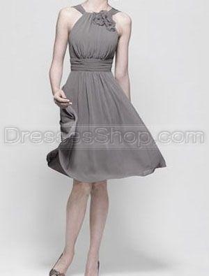 Detalle de imagen de:darker colors like black bridesmaid dresses or grey bridesmaid dresses