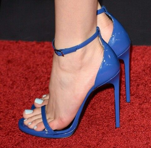 2 Sexy Heels