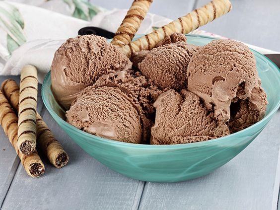 Erfrischendes Schokoladensorbet | eatsmarter.de