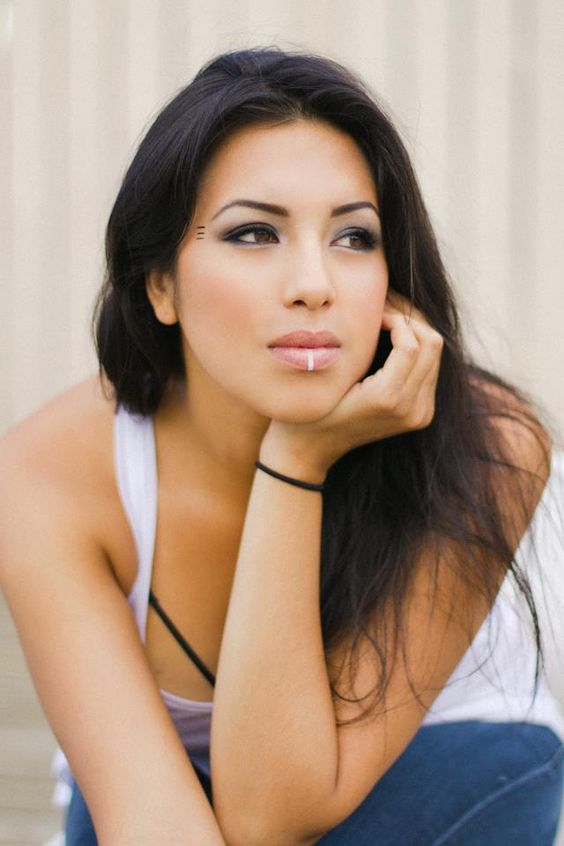 Life and Times of a Modern Day NDN Princess, Top 30 Hottest Native Women
