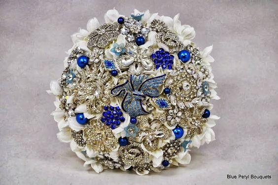 Sapphire Hydrangea by Blue Petyl #wedding #bouquet