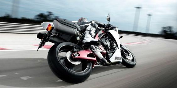 Yamaha R1 Bike Wallpapers